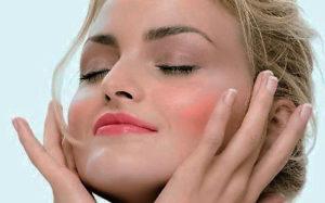 Moringa Oil for Healthy Hair & Skin
